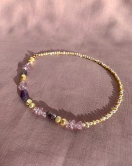 Pastels pearls necklace